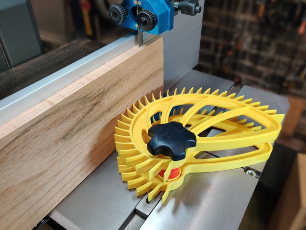Hedgehog stacking accessory bandsaw band saw