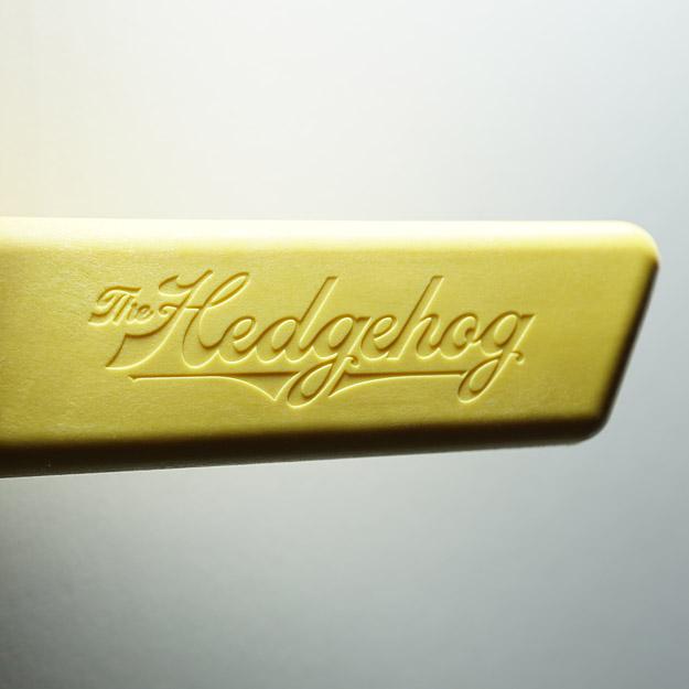 Hedgehog push block grip logo detail